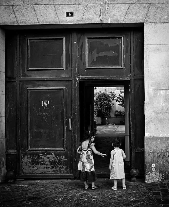 The Entrance. Paris, 2009
