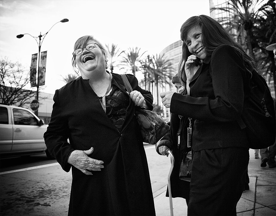 "laughter 3 Tips How NOT to Look Like a ""Creep"" when Shooting in the Streets"