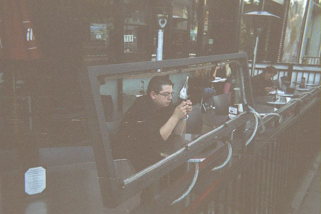 dispoable camera santamonica 11 Disposable Camera Street Photography by Eric Kim