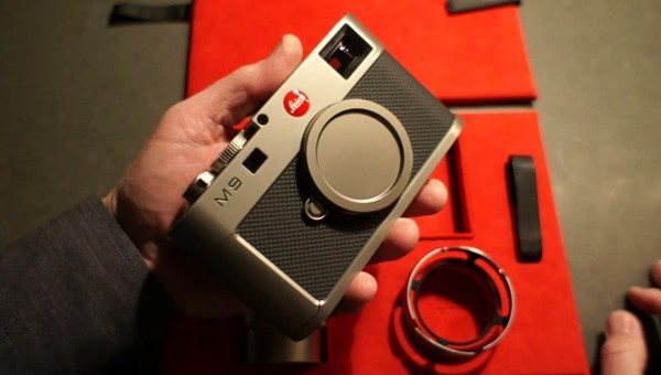 Leica M9 Titanium Leica M9 Titanium Unboxed In All Its Sexiness