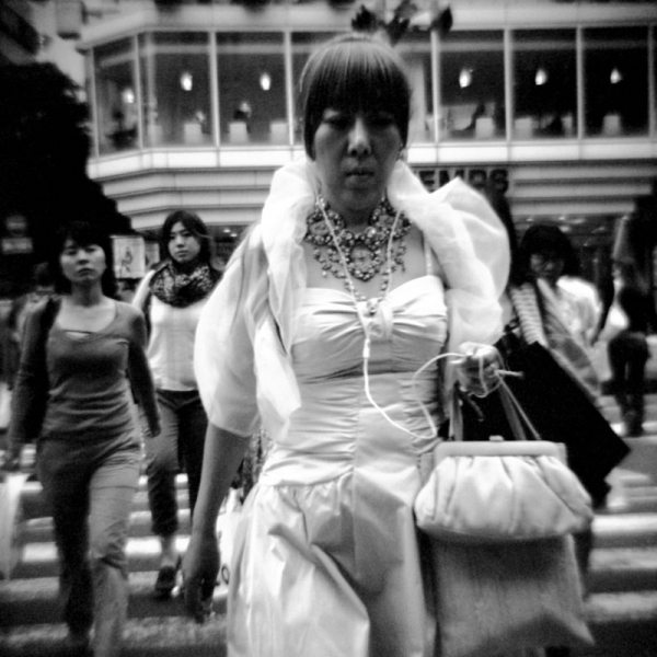 8 allure 14 Featured Street Photographer: Paolo Patrizi, on the Streets of Ginza with a Toy Camera and Cosmopolitan Japanese Women