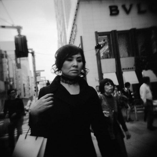 8 allure 17 Featured Street Photographer: Paolo Patrizi, on the Streets of Ginza with a Toy Camera and Cosmopolitan Japanese Women