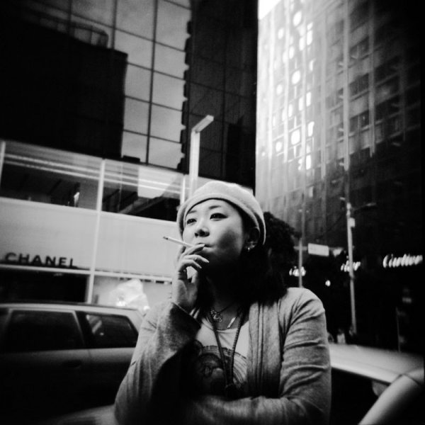 8 allure 18 Featured Street Photographer: Paolo Patrizi, on the Streets of Ginza with a Toy Camera and Cosmopolitan Japanese Women