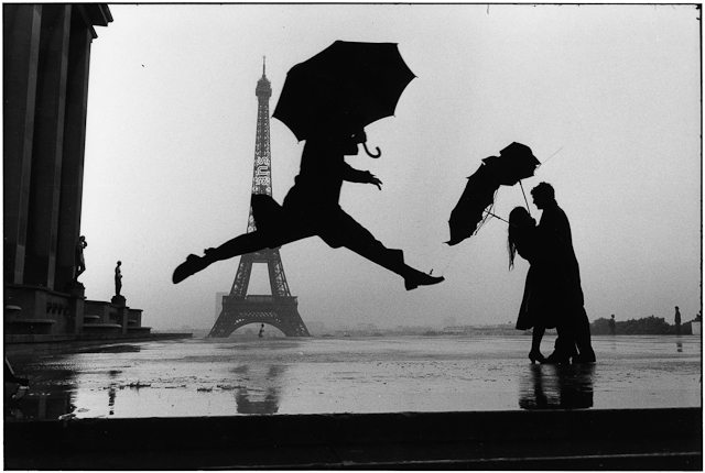 Elliott Erwitt, Paris, 1989 Tour Eiffel