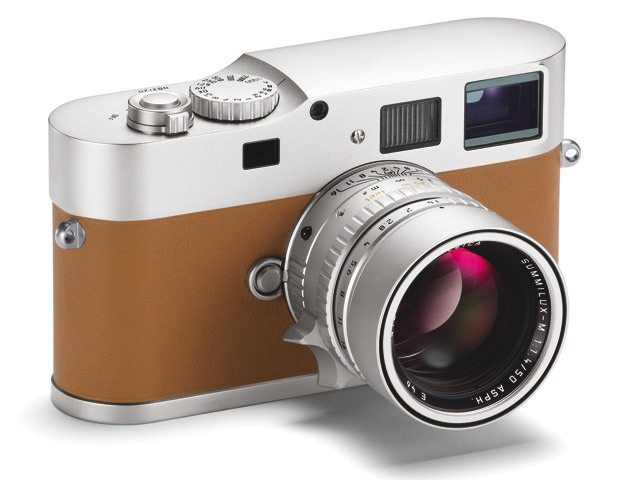 leica m9p hermes edition 8 Ways How Money Can Buy You Happiness in Street Photography