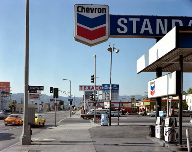stephen shore 06 21 75 1 beverlyblvd labreaave losangeles ca1 5 Things Stephen Shore Can Teach You About Street Photography