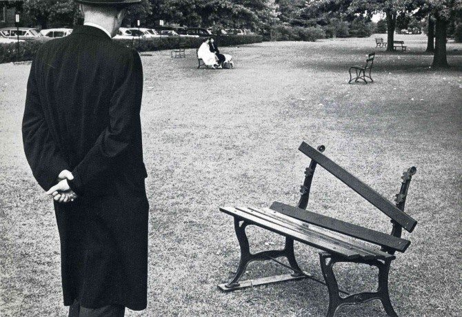 andre kertesz 670x460 What Kind of Street Photographer Are You? (Part 1)