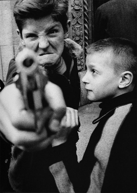 william klein kid gun 475x670 The 3 A Theory: The Secret to Memorable Street Photographs
