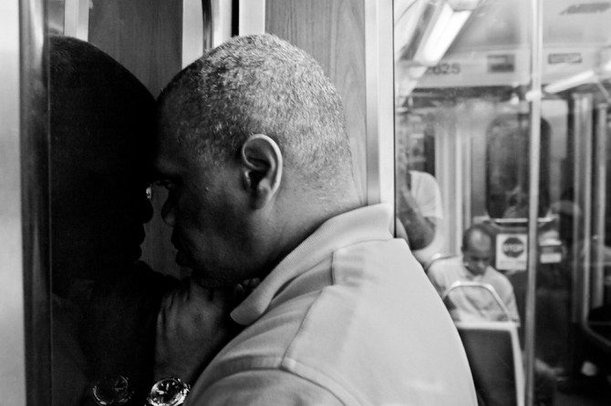 001 670x446 Capturing The Disappearing Faces of Chicago: Interview with Brian Soko, Street Photographer