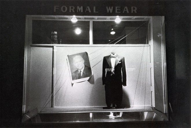 formal wear 660x441 Timeless Lessons Street Photographers Can Learn from Robert Franks The Americans