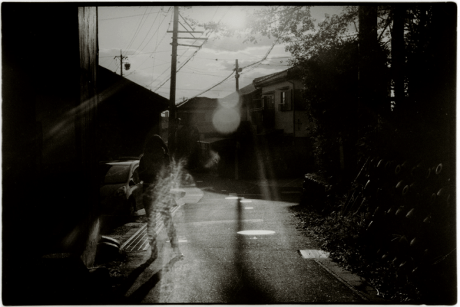 2013 02 08 1603244322 660x441 The Nostalgic Black & White Photos of Japan: Interview with Street Photographer Junku Nishimura