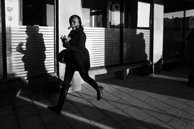 Arcades011212216 660x440 Capturing the Brilliant Light of Marseille: Street Photography by Yves Vernin