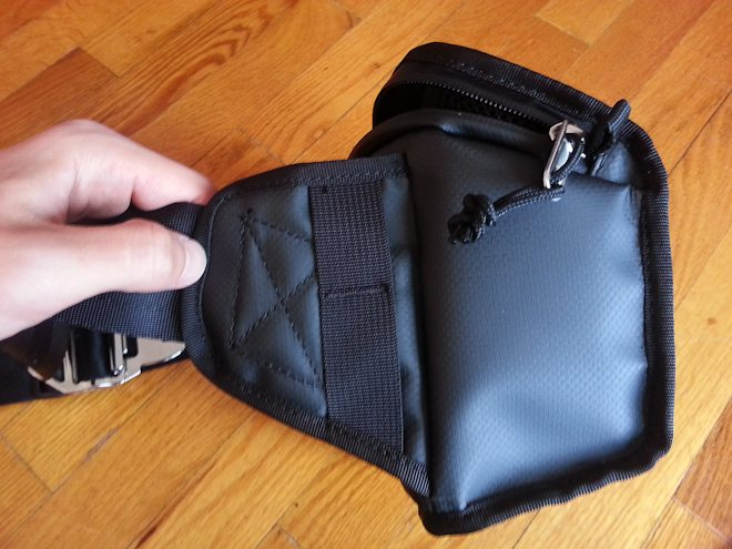 Chrome Niko Camera Sling 14 For Street Photographers On The Go: Review of the Chrome Niko Camera Sling and Camera Pack