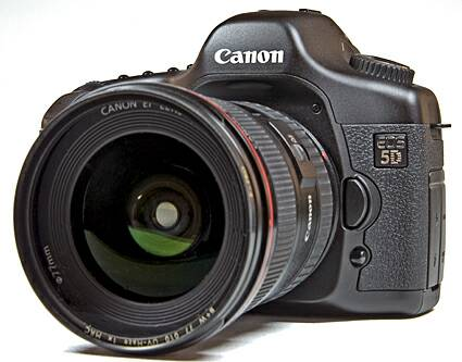 canon 5d 3 Reasons Why You Should Shoot with One Camera and One Lens