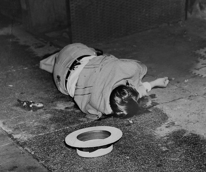 Weegee 17 660x550 10 Lessons Weegee Has Taught Me About Street Photography