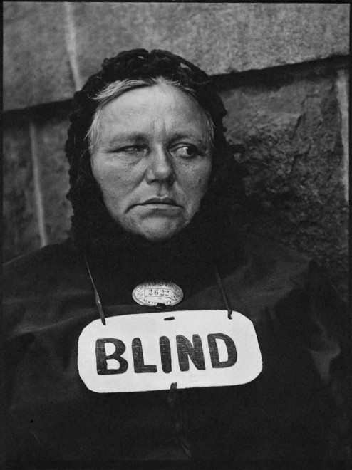 14 strand blind 1916 72dpi 494x660 17 Lessons Walker Evans Has Taught Me About Street Photography