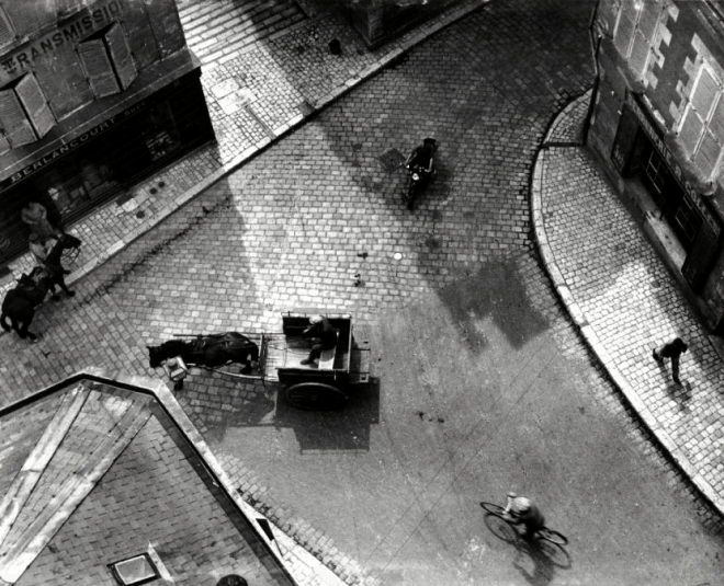 Andre Kertesz 2 660x535 10 Lessons Andre Kertesz Has Taught Me About Street Photography