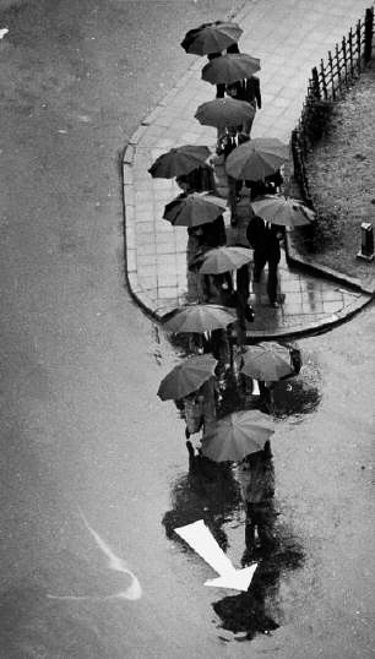 Andre Kertesz 5 10 Lessons Andre Kertesz Has Taught Me About Street Photography