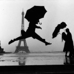 Elliott Erwitt Paris 1989 centième anniversaire de la Tour Eiffel 150x150 14 Lessons Elliott Erwitt Has Taught Me About Street Photography