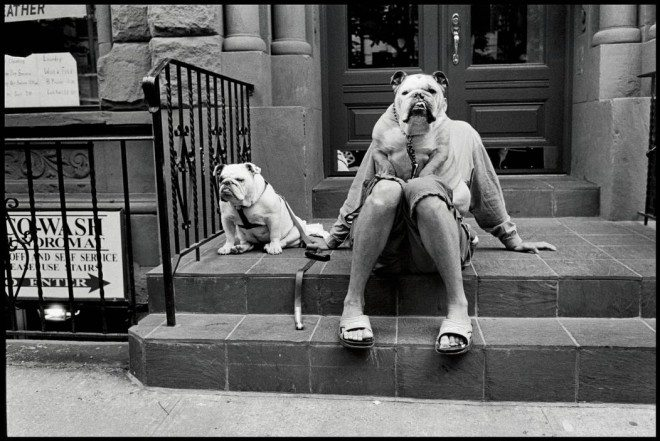 NYC15335 660x441 25 Practical Tips from Elliott Erwitt for Street Photographers