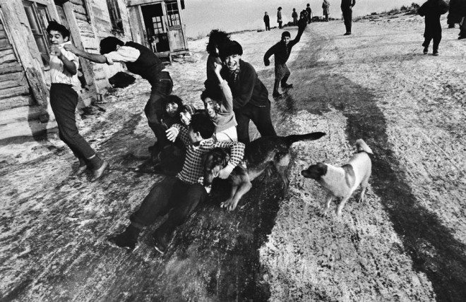 PAR65676 660x428 Street Photography Book Review: Gypsies by Josef Koudelka