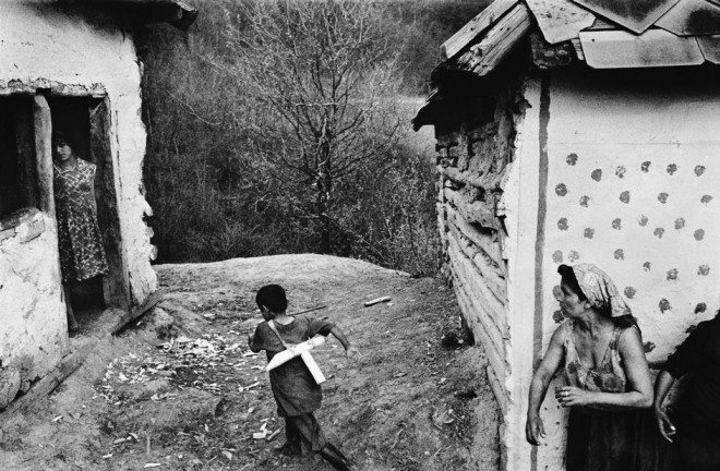 PAR65695 660x432 Street Photography Book Review: Gypsies by Josef Koudelka