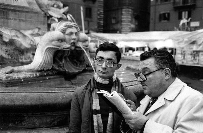 richard kalvar fountain 18 Lessons Richard Kalvar Has Taught Me About Street Photography