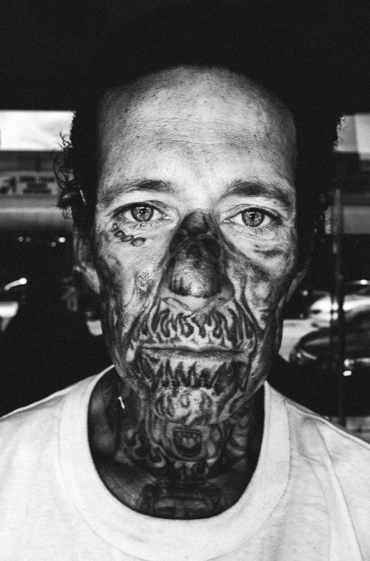 R0062861 529x800 Street Photography Contact Sheets #1: Face Tattoo, Downtown LA 2014