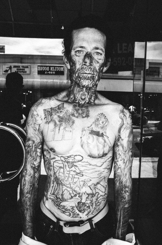 R0062874 529x800 Street Photography Contact Sheets #1: Face Tattoo, Downtown LA 2014