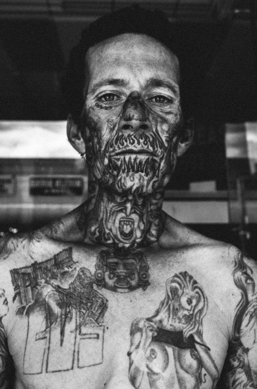 R0062884 530x800 Street Photography Contact Sheets #1: Face Tattoo, Downtown LA 2014