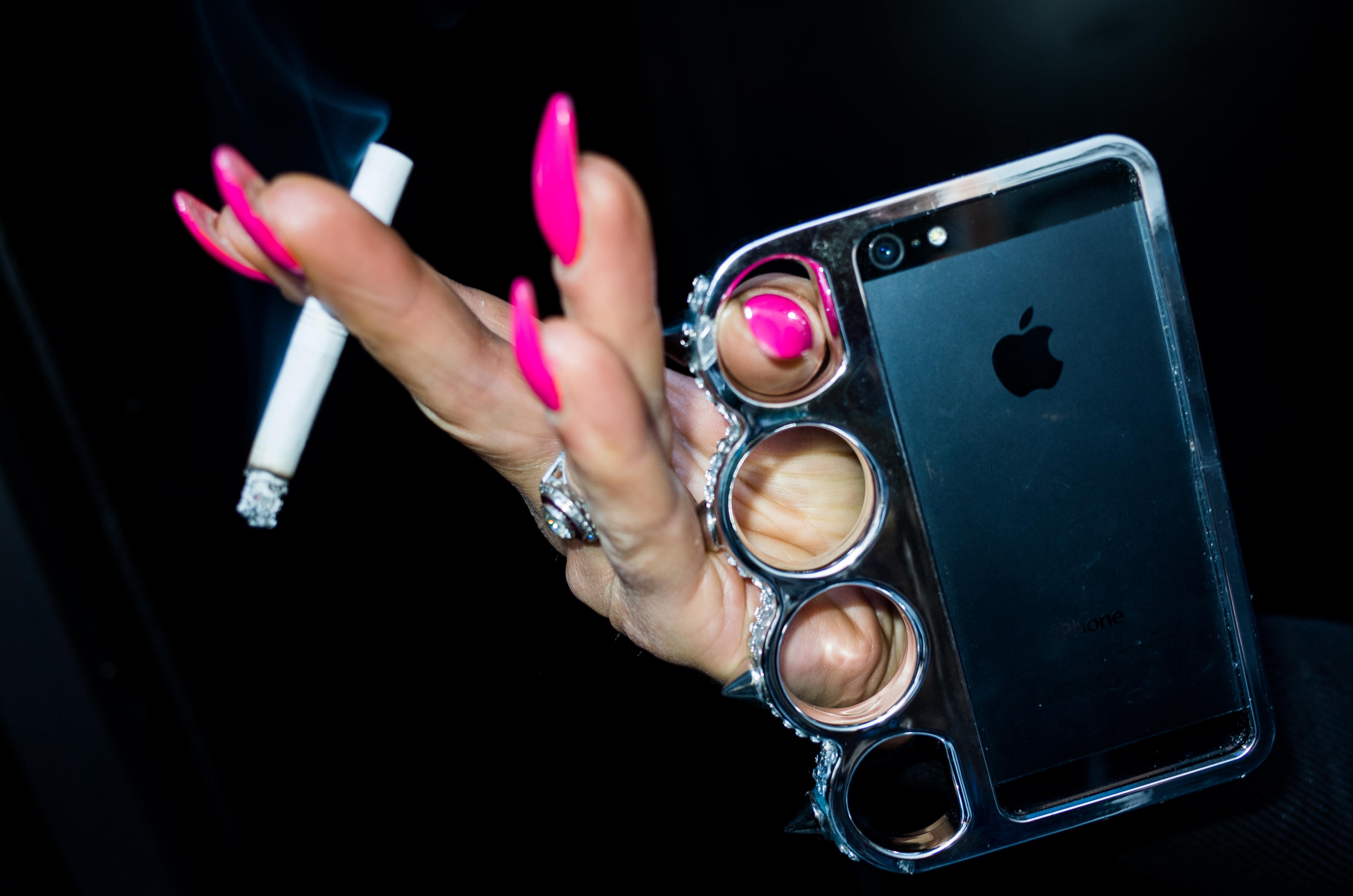 hand cigarette pink iPhone